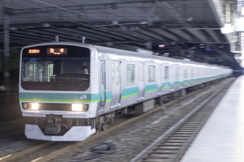 2015.5.5 21:27撮影 2185H 田町駅