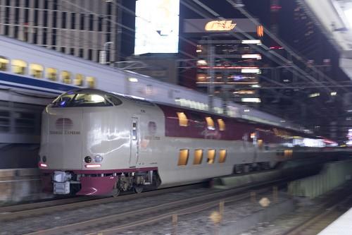 2015.5.5 22:01撮影 5031M 有楽町駅(後追い)