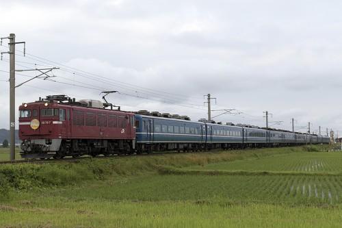 2015.7.4 5:30撮影 202レ 津軽宮田~油川間
