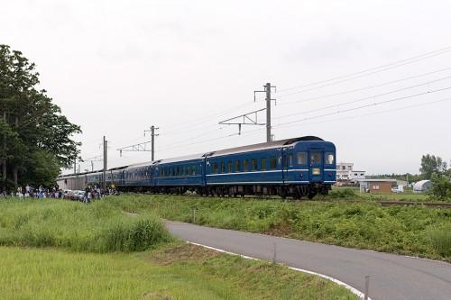 2015.7.4 5:30撮影 202レ 津軽宮田~油川間(後追い)