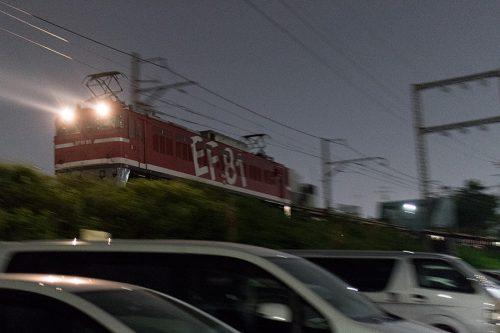 EF81-95流し撮り