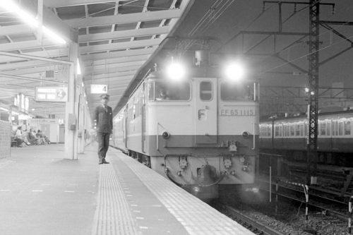 錦糸町駅4番線に初入線したPF