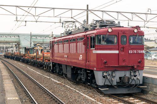 工9582レ 松川駅