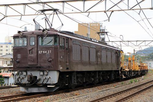 EF64-37 工9576レ 酒折駅