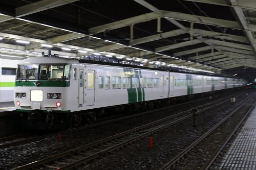 185系9441M 南流山駅(後追い)
