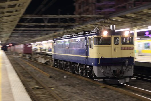 EF65-2065 1092レ 市川駅