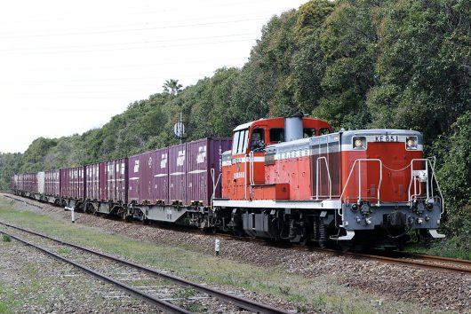 KE65-1550レ 半田埠頭