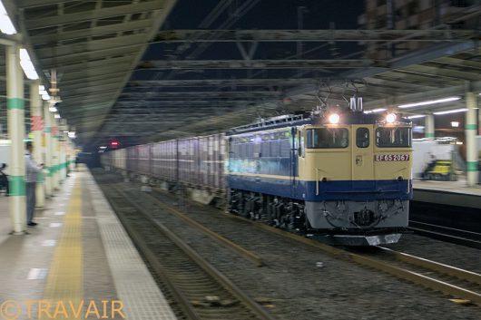 EF65-2066 1092レ 市川駅