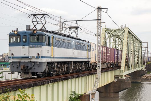 EF65-2095 1091レ 金町~新小岩(信)
