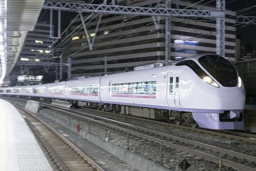 2015.5.5 21:59撮影 1028M 有楽町駅
