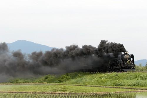 2015.5.23 15:56撮影 9233レ 喜多方~山都間