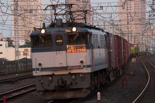 2015.7.12 18:29撮影 1090レ 市川駅