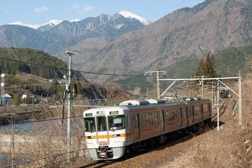 木曽連山と313系