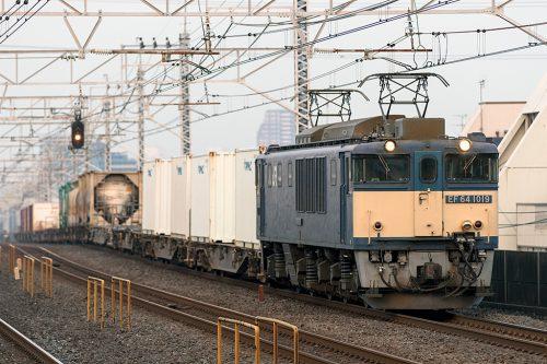 EF64-1019 1095レ 小岩駅