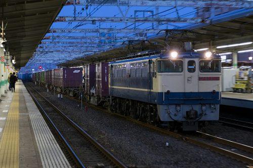 EF65-2139 1090レ 市川駅