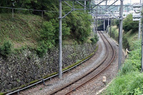 下り列車方向 35mm換算88mm(APS-C 55mmで撮影)