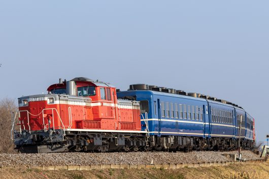 DD51-897