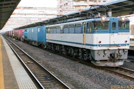 EF65-2050 1090レ 市川駅