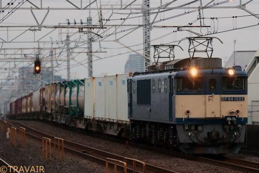 EF64-1022  4:45撮影 1095レ 小岩駅