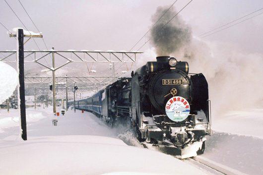 磐梯町に進入するD51