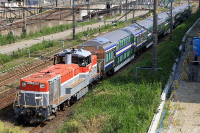 DE10-1666 E235系サロ甲種