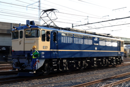 EF65-1103入換