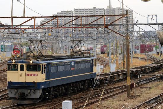 EF65-2088 隅田川到着